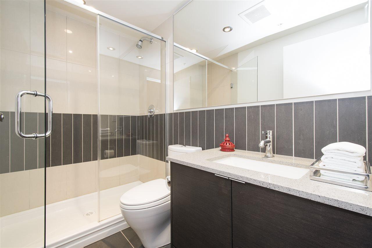Condo Apartment at 802 175 W 2ND STREET, Unit 802, North Vancouver, British Columbia. Image 11
