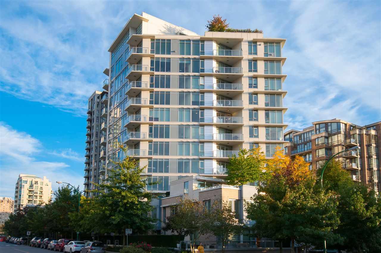 Condo Apartment at 802 175 W 2ND STREET, Unit 802, North Vancouver, British Columbia. Image 16