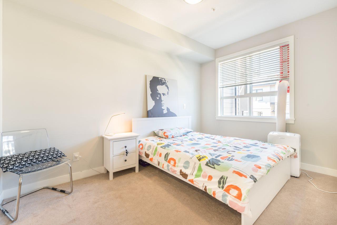 Condo Apartment at 308 10477 154 STREET, Unit 308, North Surrey, British Columbia. Image 4
