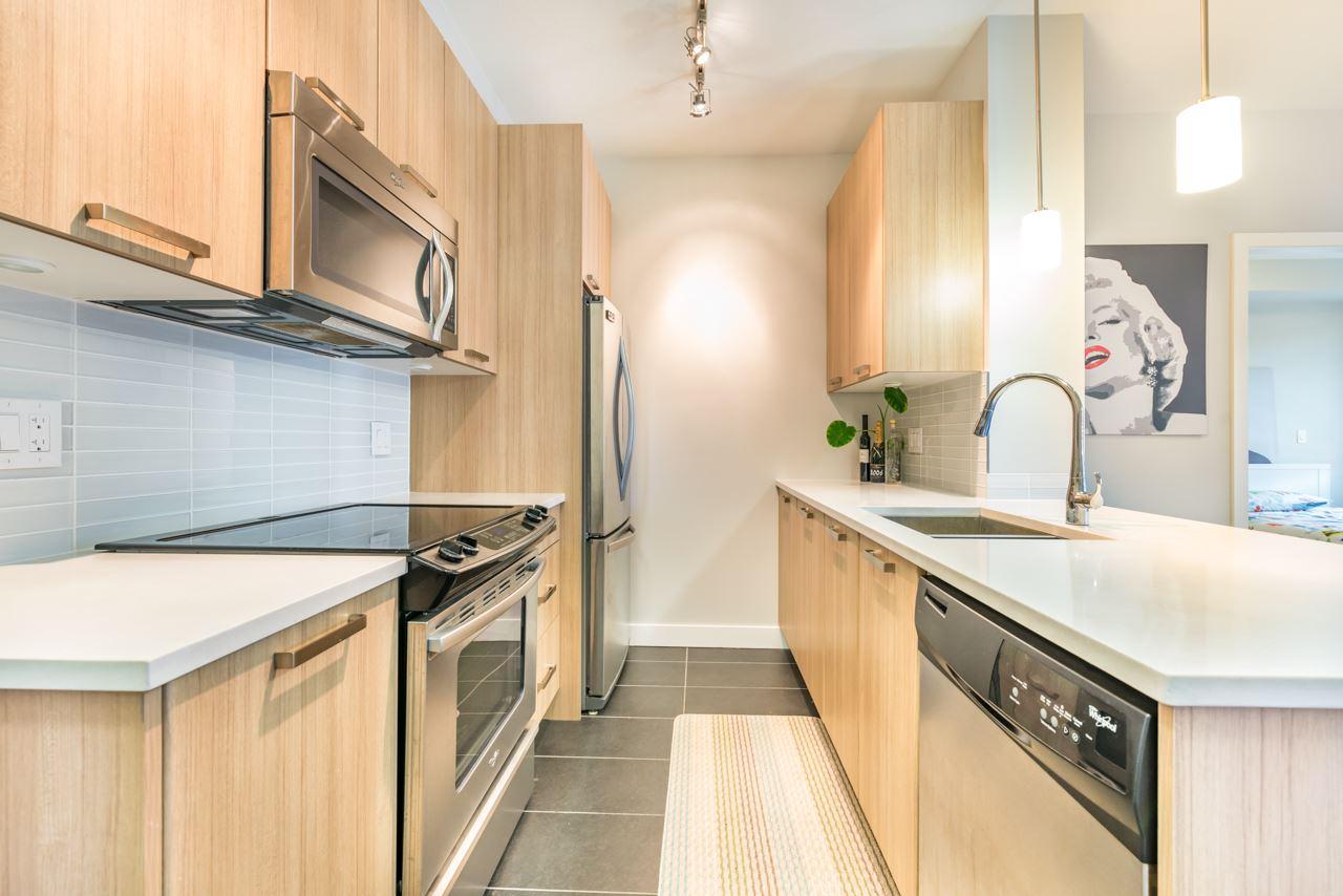 Condo Apartment at 308 10477 154 STREET, Unit 308, North Surrey, British Columbia. Image 7