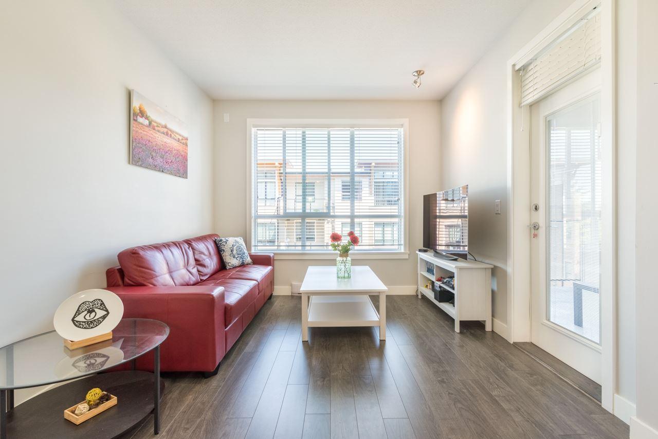 Condo Apartment at 308 10477 154 STREET, Unit 308, North Surrey, British Columbia. Image 9