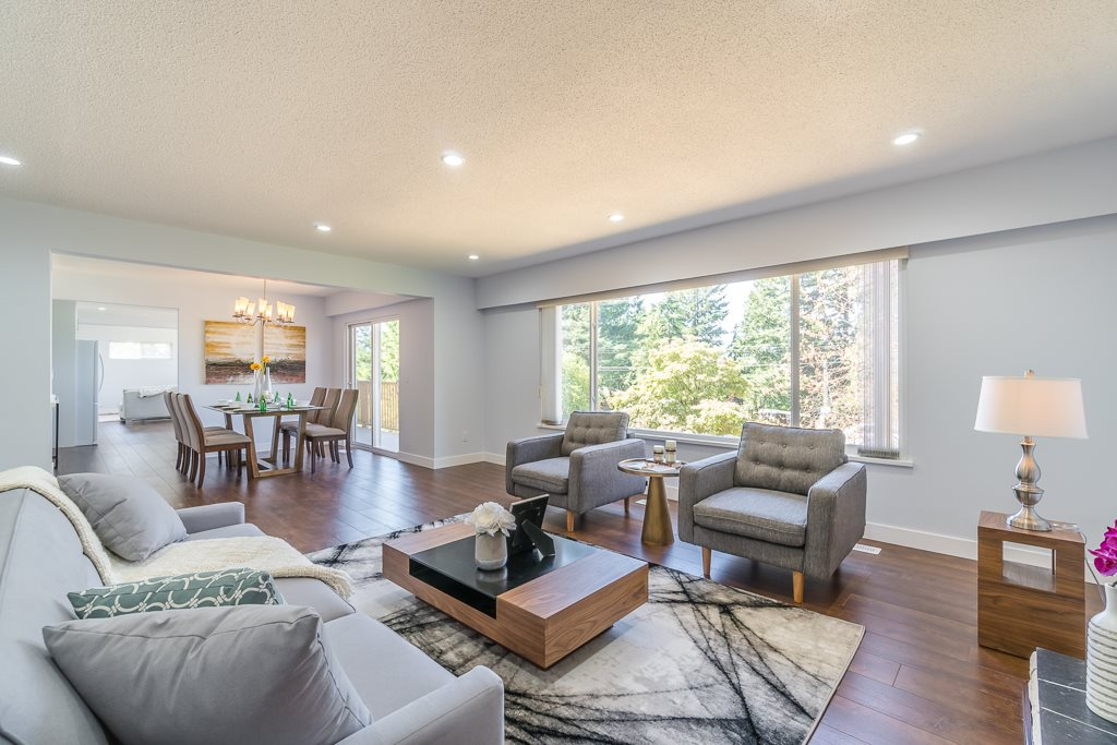Detached at 6632 KNIGHT DRIVE, N. Delta, British Columbia. Image 3