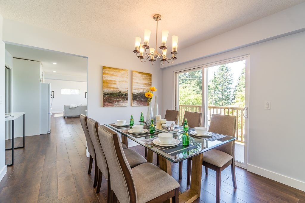 Detached at 6632 KNIGHT DRIVE, N. Delta, British Columbia. Image 5