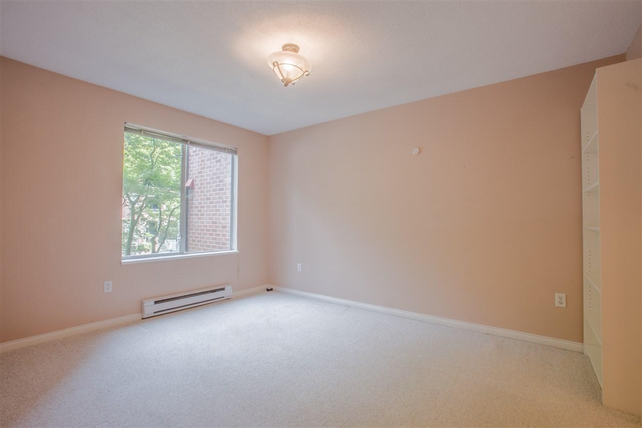 Condo Apartment at 207 2288 W 12TH AVENUE, Unit 207, Vancouver West, British Columbia. Image 11