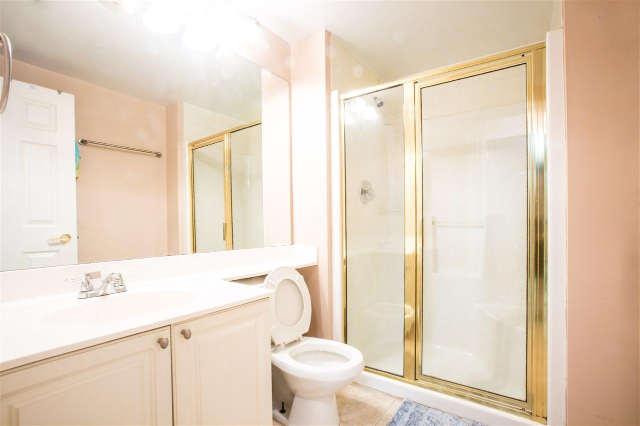 Condo Apartment at 207 2288 W 12TH AVENUE, Unit 207, Vancouver West, British Columbia. Image 17