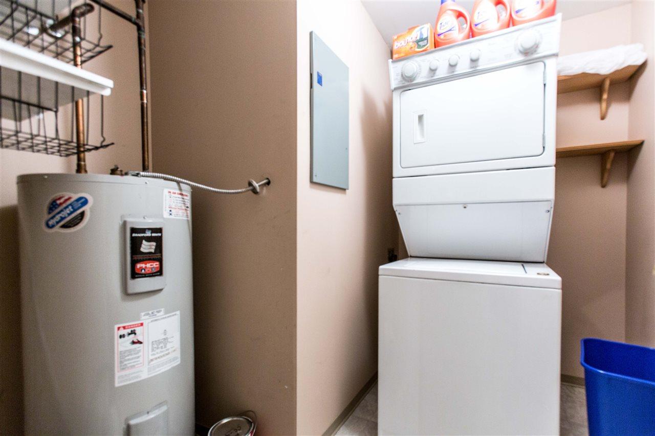 Condo Apartment at 207 2288 W 12TH AVENUE, Unit 207, Vancouver West, British Columbia. Image 18