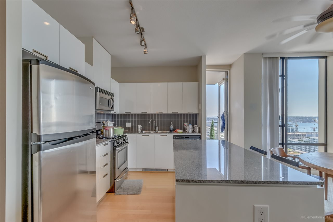 Condo Apartment at 1901 151 W 2ND STREET, Unit 1901, North Vancouver, British Columbia. Image 14