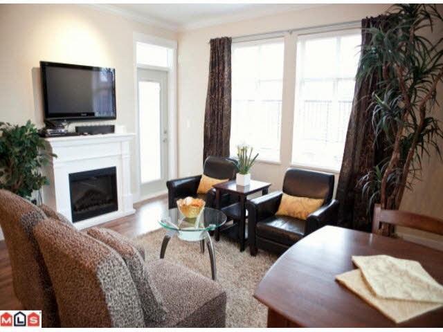 Condo Apartment at 107 2632 PAULINE STREET, Unit 107, Abbotsford, British Columbia. Image 10