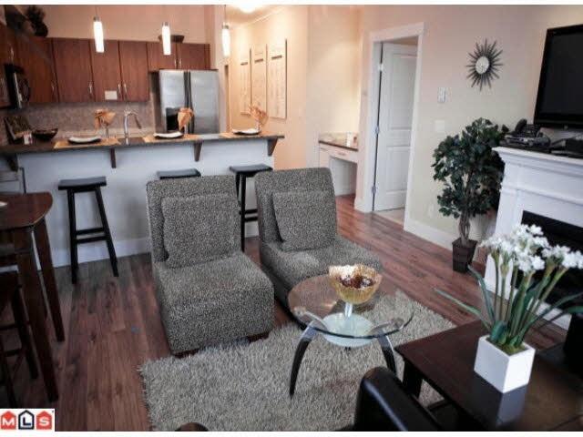 Condo Apartment at 107 2632 PAULINE STREET, Unit 107, Abbotsford, British Columbia. Image 11