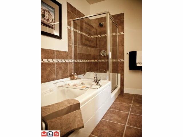 Condo Apartment at 107 2632 PAULINE STREET, Unit 107, Abbotsford, British Columbia. Image 12