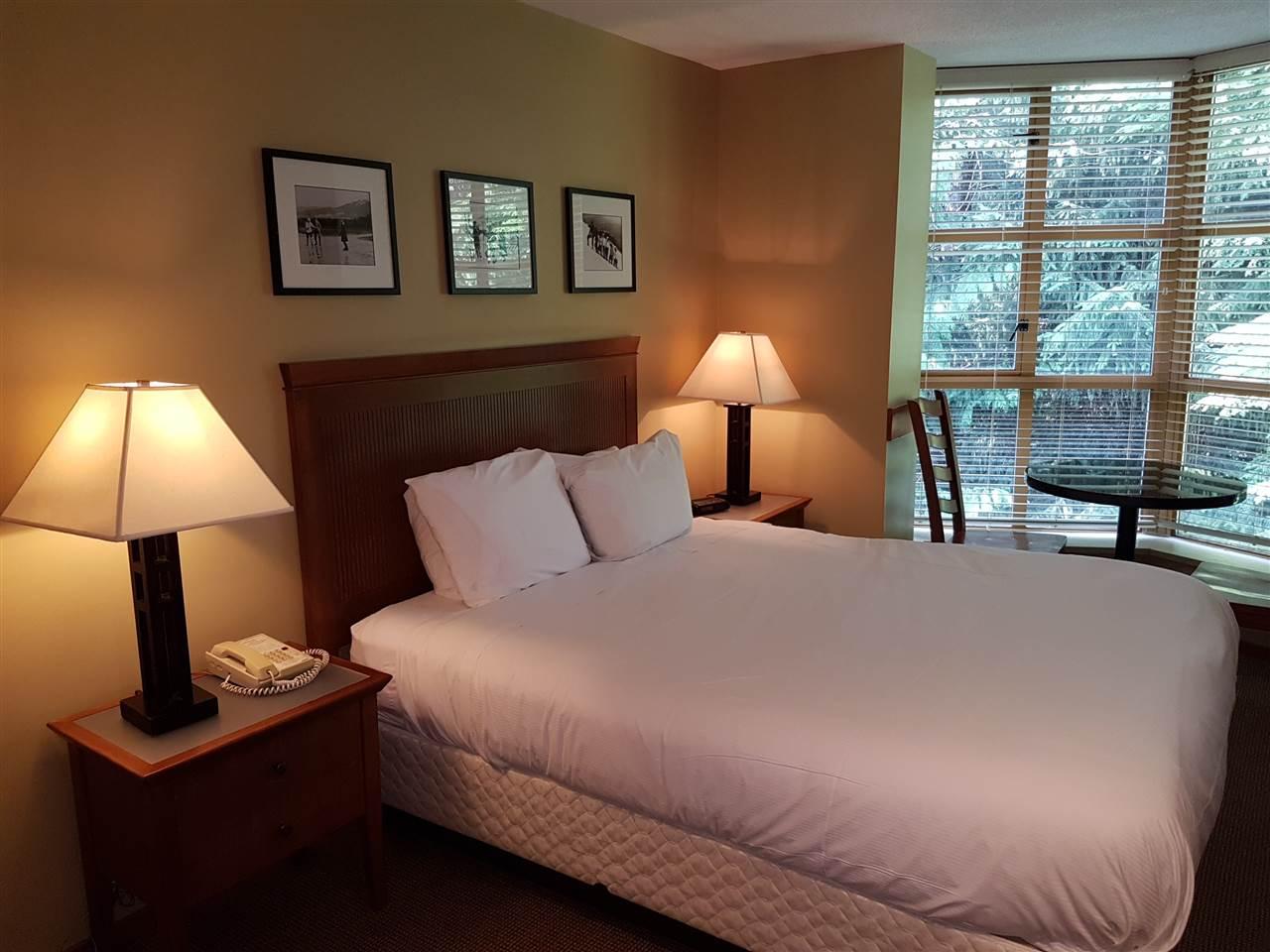 Condo Apartment at 325 4315 NORTHLANDS BOULEVARD, Unit 325, Whistler, British Columbia. Image 2