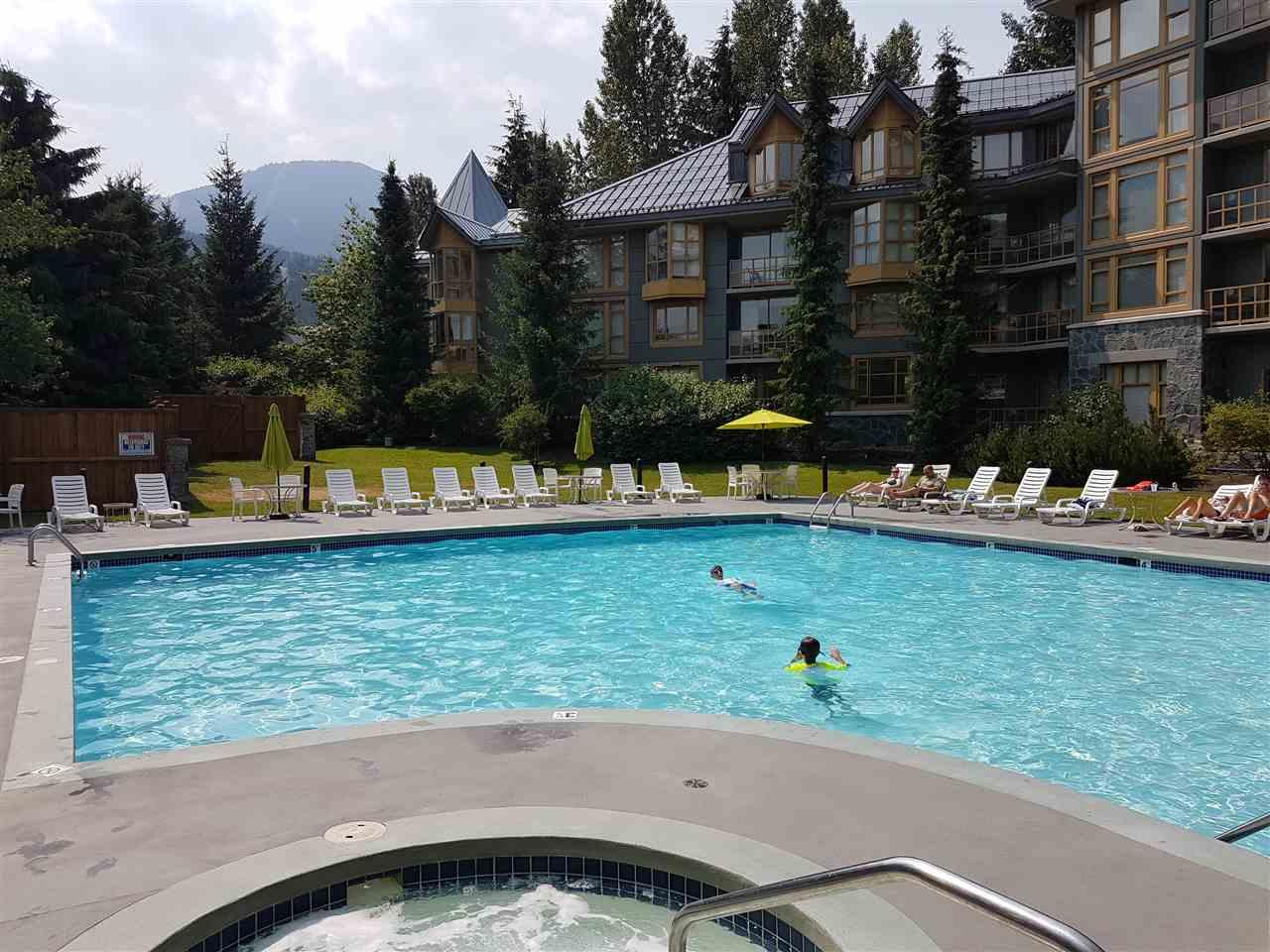 Condo Apartment at 325 4315 NORTHLANDS BOULEVARD, Unit 325, Whistler, British Columbia. Image 8