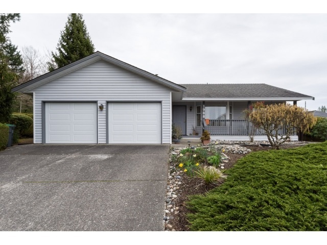 Detached at 1988 143A STREET, South Surrey White Rock, British Columbia. Image 1