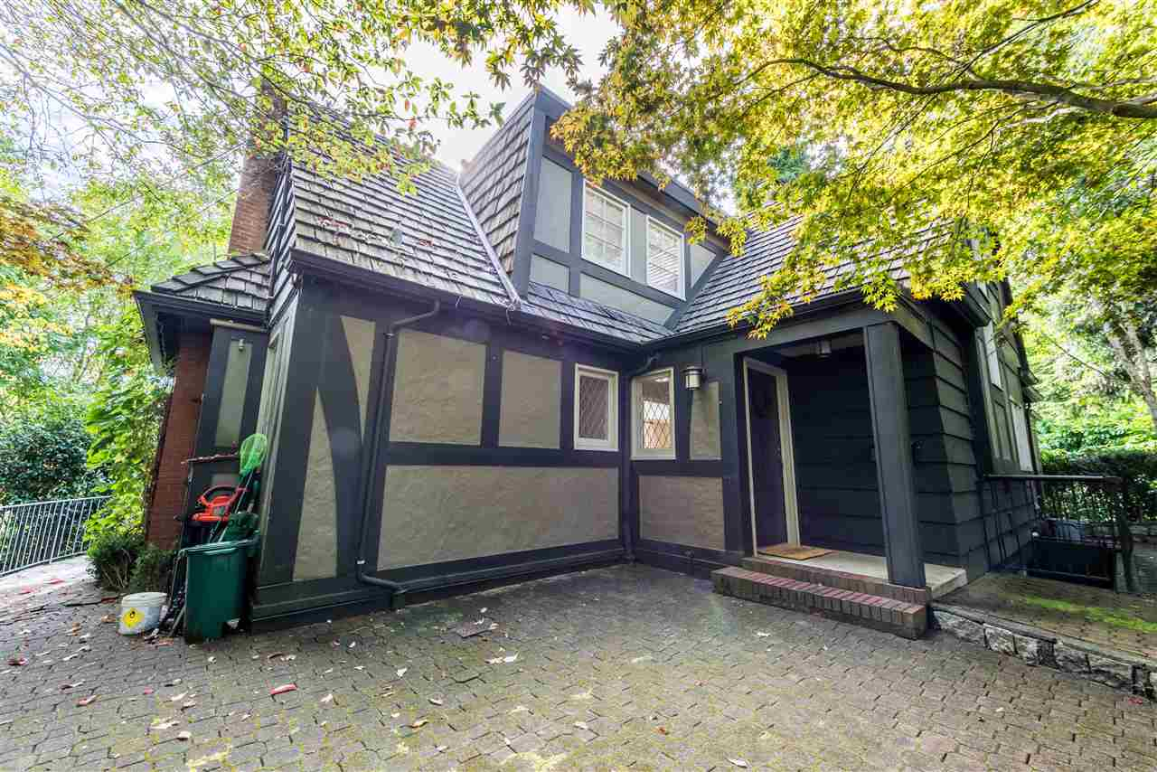 Detached at 2743 OTTAWA AVENUE, West Vancouver, British Columbia. Image 11