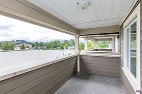 Half-duplex at 623 CLIFF AVENUE, Burnaby North, British Columbia. Image 13