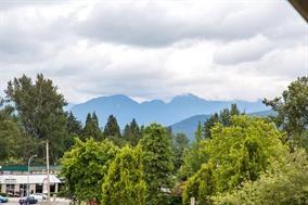 Half-duplex at 623 CLIFF AVENUE, Burnaby North, British Columbia. Image 19