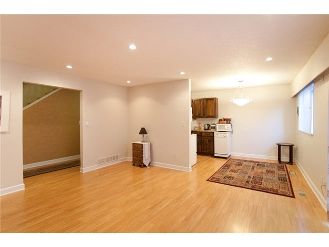 Townhouse at 837 OLD LILLOOET ROAD, North Vancouver, British Columbia. Image 3