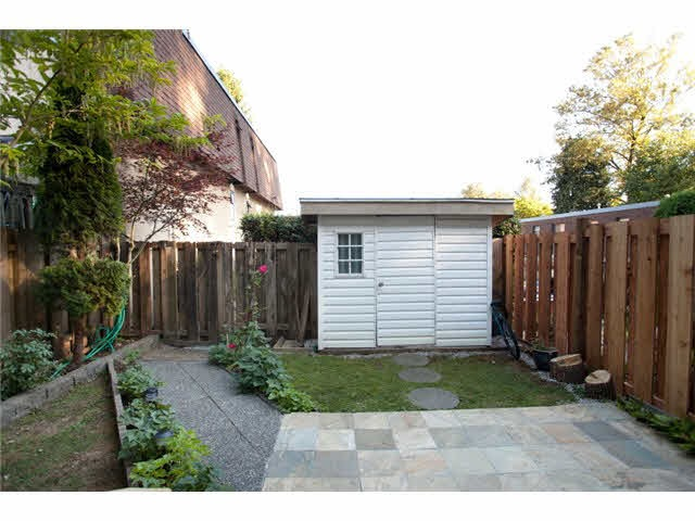 Townhouse at 837 OLD LILLOOET ROAD, North Vancouver, British Columbia. Image 11