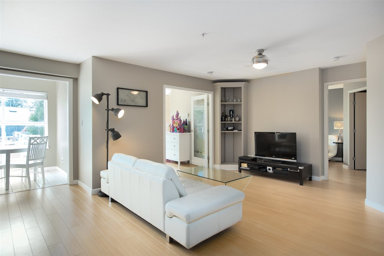 Condo Apartment at 328 2680 W 4TH AVENUE, Unit 328, Vancouver West, British Columbia. Image 2