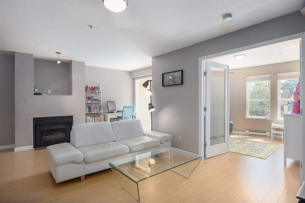 Condo Apartment at 328 2680 W 4TH AVENUE, Unit 328, Vancouver West, British Columbia. Image 7