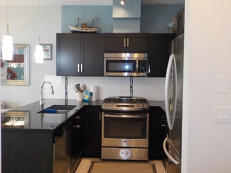 Condo Apartment at 417 20078 FRASER HIGHWAY, Unit 417, Langley, British Columbia. Image 4