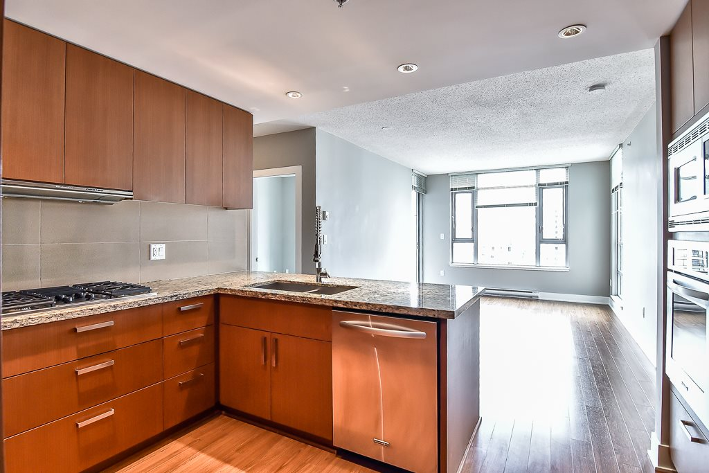 Condo Apartment at 2506 1155 THE HIGH STREET, Unit 2506, Coquitlam, British Columbia. Image 7