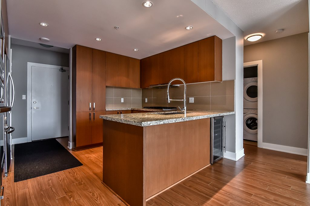 Condo Apartment at 2506 1155 THE HIGH STREET, Unit 2506, Coquitlam, British Columbia. Image 8
