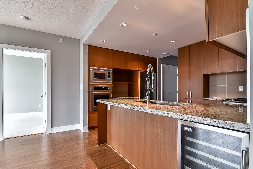 Condo Apartment at 2506 1155 THE HIGH STREET, Unit 2506, Coquitlam, British Columbia. Image 11
