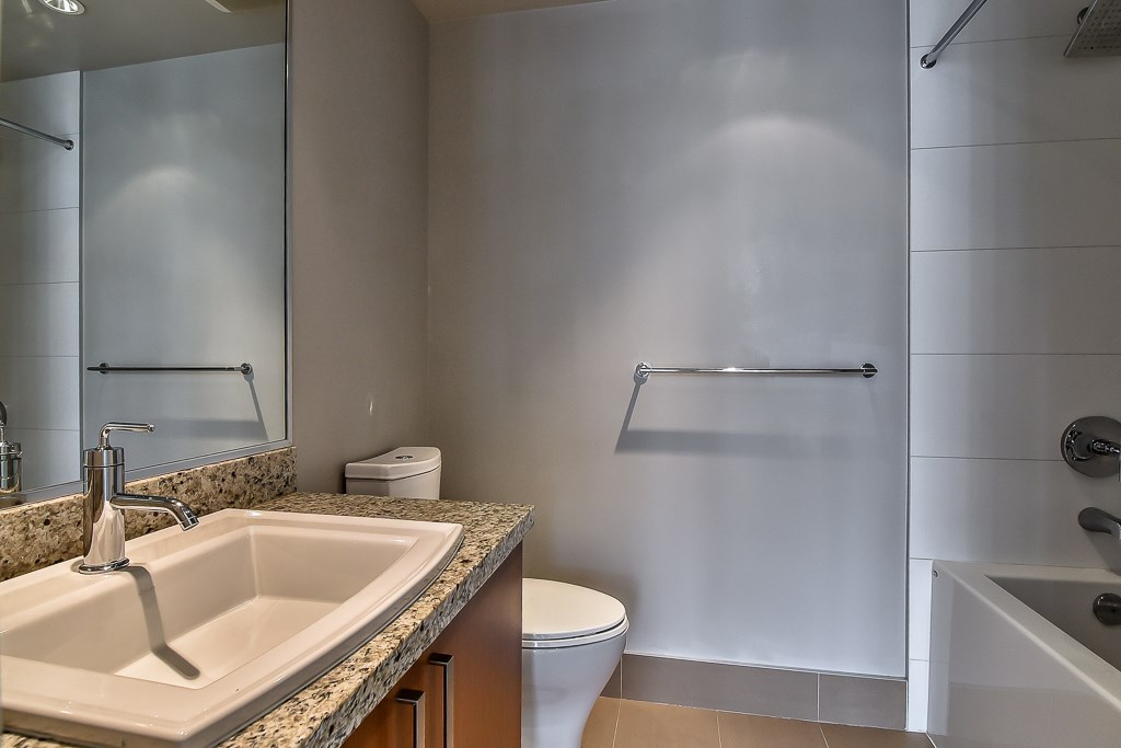 Condo Apartment at 2506 1155 THE HIGH STREET, Unit 2506, Coquitlam, British Columbia. Image 14