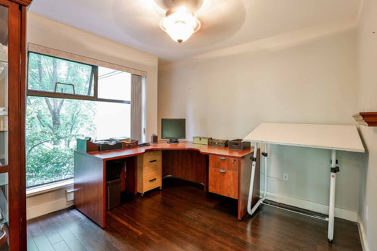 Condo Apartment at 210 2968 BURLINGTON DRIVE, Unit 210, Coquitlam, British Columbia. Image 9