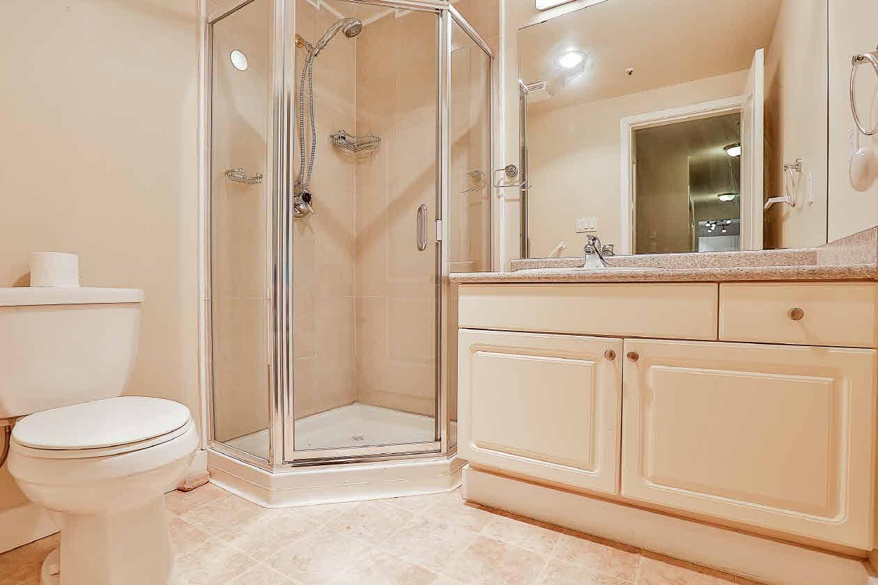Condo Apartment at 210 2968 BURLINGTON DRIVE, Unit 210, Coquitlam, British Columbia. Image 10