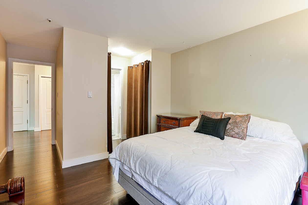 Condo Apartment at 210 2968 BURLINGTON DRIVE, Unit 210, Coquitlam, British Columbia. Image 12