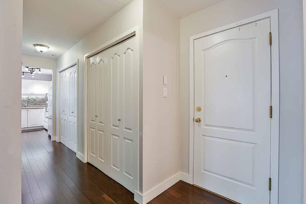 Condo Apartment at 210 2968 BURLINGTON DRIVE, Unit 210, Coquitlam, British Columbia. Image 15