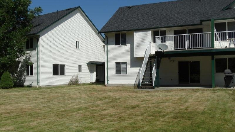 Half-duplex at 2 45330 PARK DRIVE, Unit 2, Chilliwack, British Columbia. Image 16