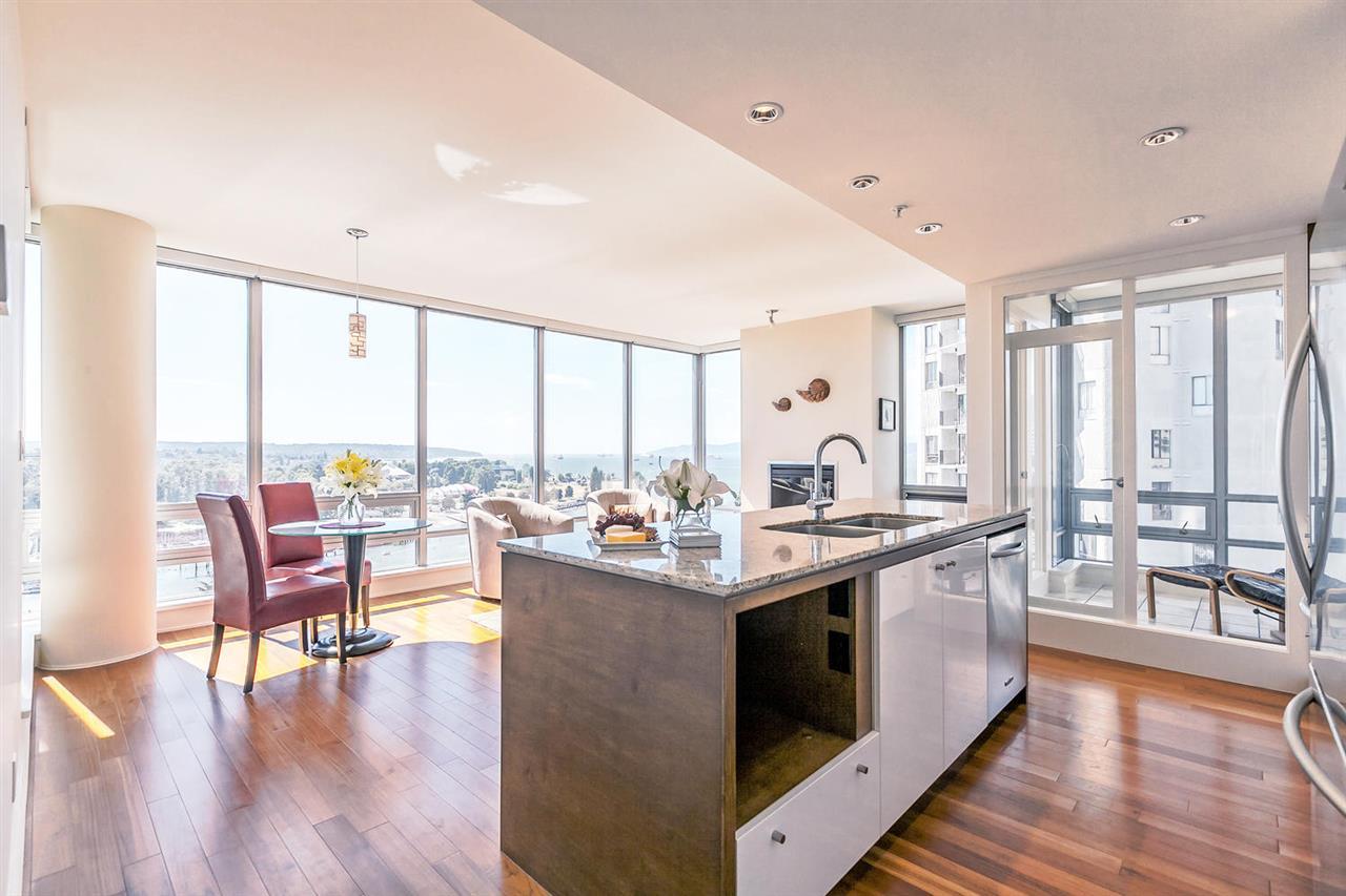 Condo Apartment at 1403 1005 BEACH AVENUE, Unit 1403, Vancouver West, British Columbia. Image 5