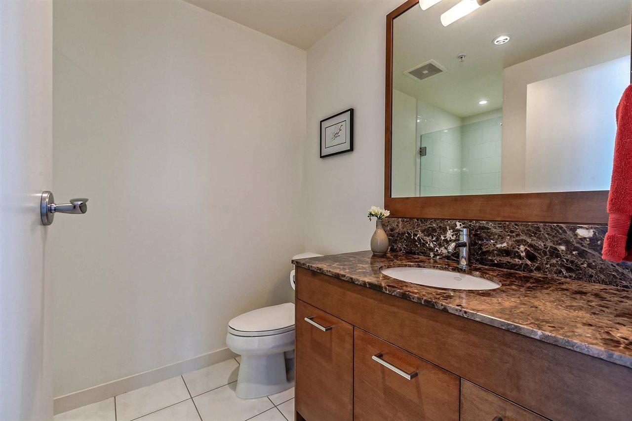 Condo Apartment at 1403 1005 BEACH AVENUE, Unit 1403, Vancouver West, British Columbia. Image 13
