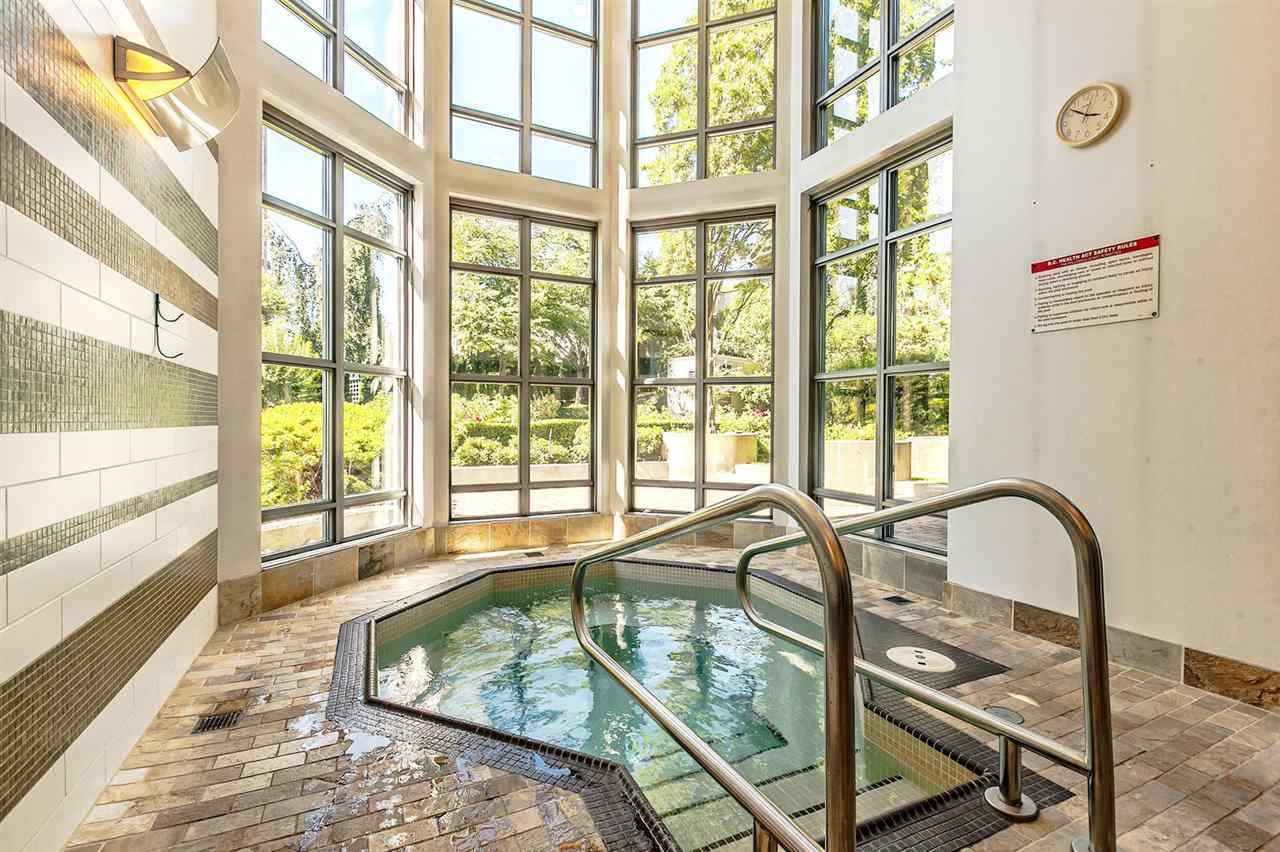 Condo Apartment at 1403 1005 BEACH AVENUE, Unit 1403, Vancouver West, British Columbia. Image 17