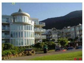 Condo Apartment at 112 328 ESPLANADE AVENUE, Unit 112, Harrison Hot Springs, British Columbia. Image 2