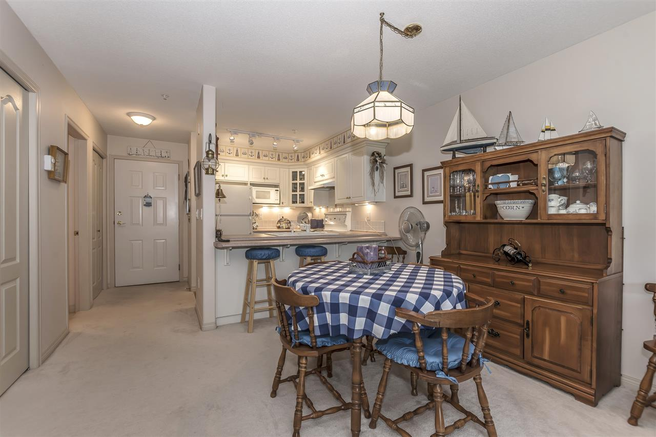 Condo Apartment at 112 328 ESPLANADE AVENUE, Unit 112, Harrison Hot Springs, British Columbia. Image 8