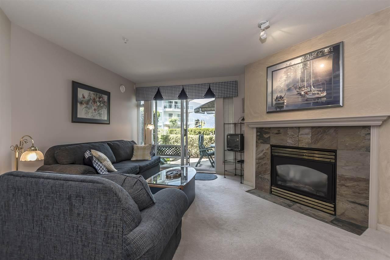 Condo Apartment at 112 328 ESPLANADE AVENUE, Unit 112, Harrison Hot Springs, British Columbia. Image 9