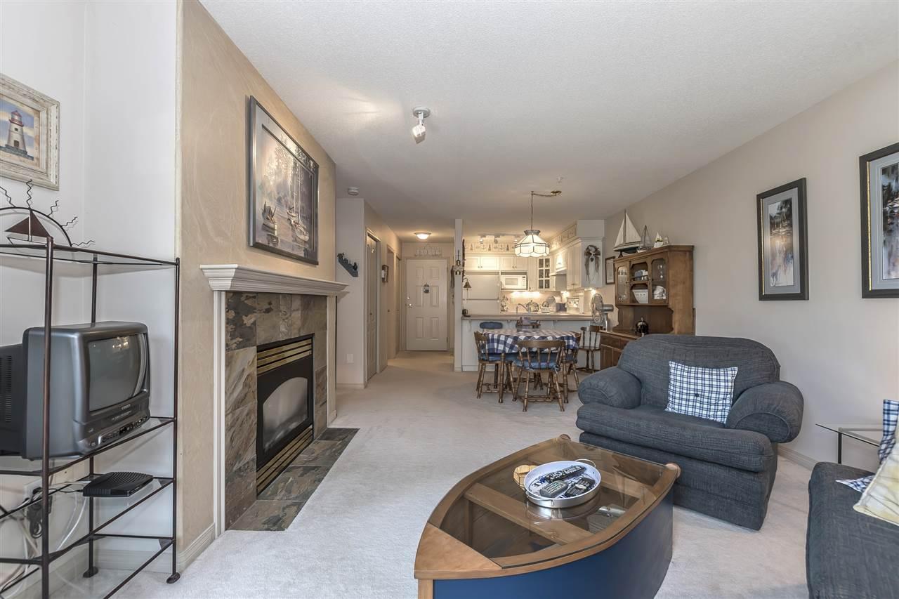 Condo Apartment at 112 328 ESPLANADE AVENUE, Unit 112, Harrison Hot Springs, British Columbia. Image 10