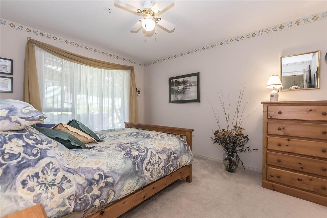 Condo Apartment at 112 328 ESPLANADE AVENUE, Unit 112, Harrison Hot Springs, British Columbia. Image 11