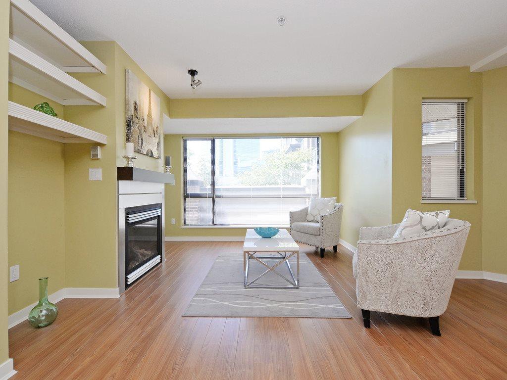 Condo Apartment at 215 10866 CITY PARKWAY, Unit 215, North Surrey, British Columbia. Image 4