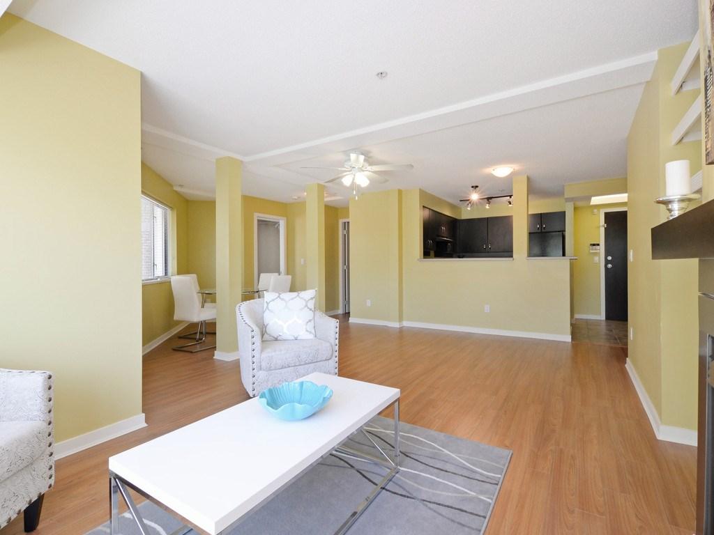 Condo Apartment at 215 10866 CITY PARKWAY, Unit 215, North Surrey, British Columbia. Image 6