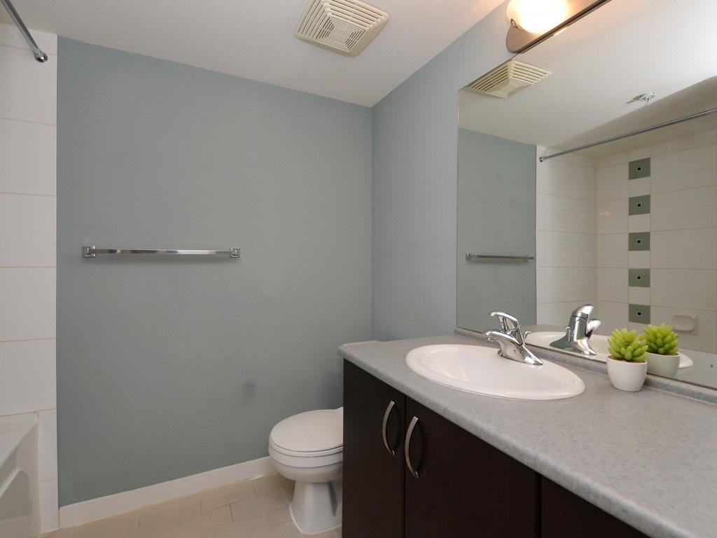 Condo Apartment at 215 10866 CITY PARKWAY, Unit 215, North Surrey, British Columbia. Image 11