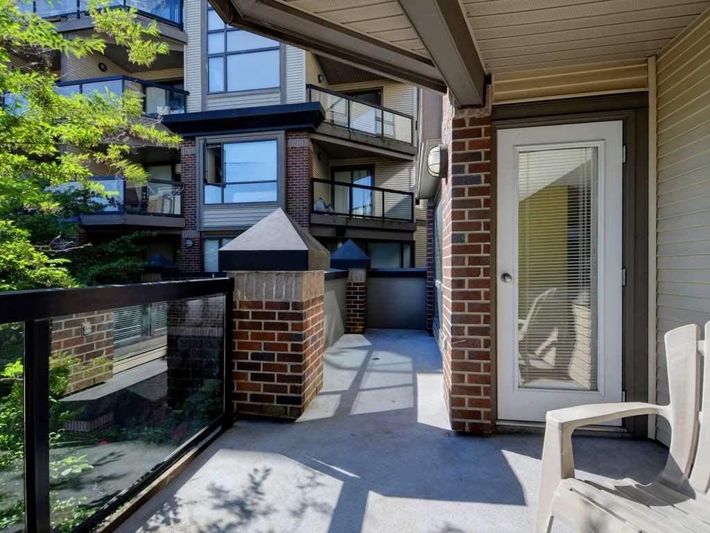Condo Apartment at 215 10866 CITY PARKWAY, Unit 215, North Surrey, British Columbia. Image 15