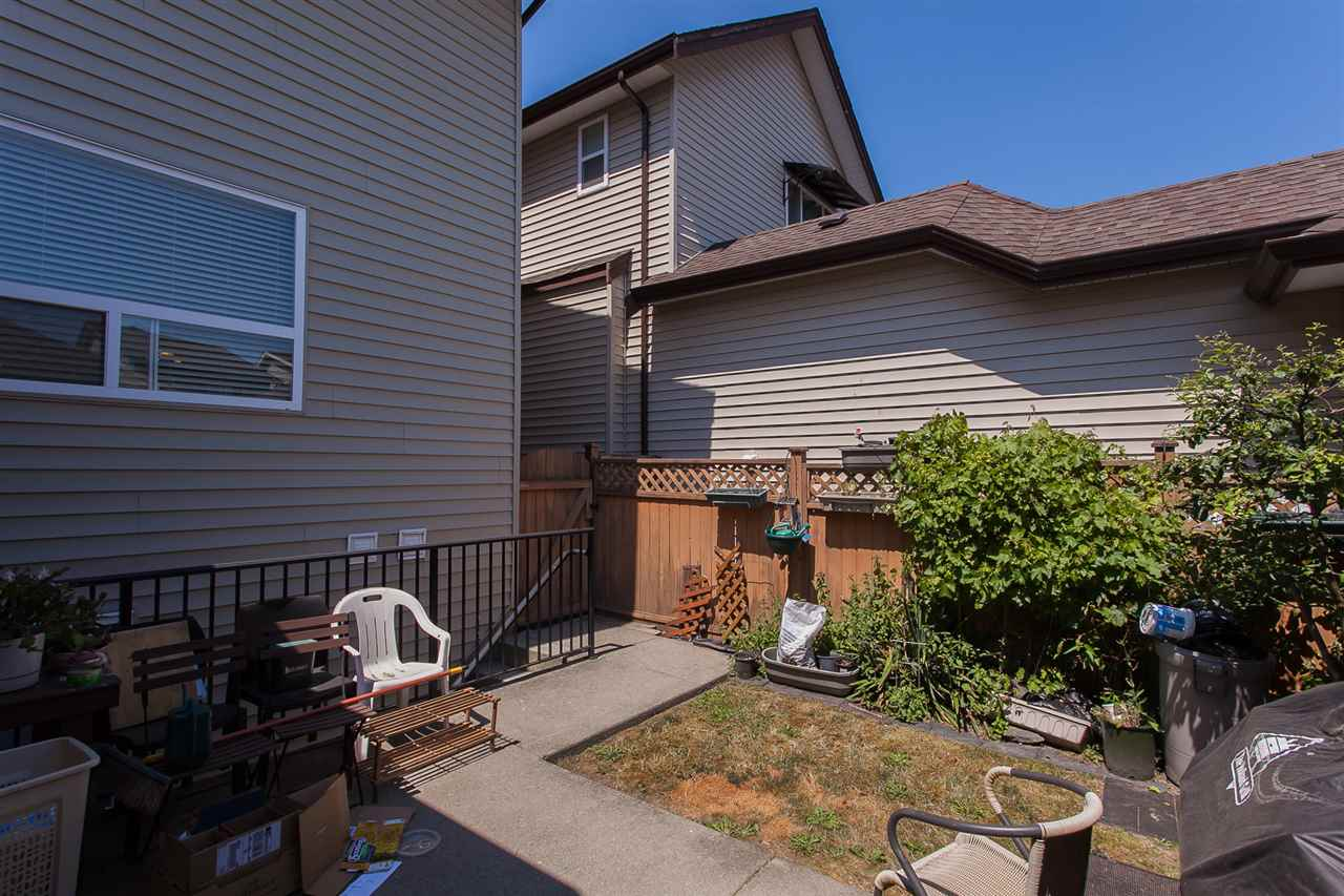 Detached at 6658 192A STREET, Cloverdale, British Columbia. Image 17