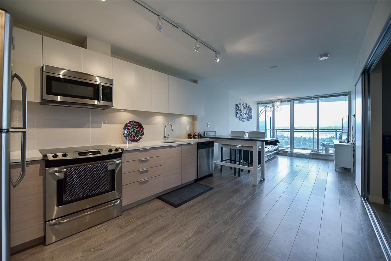 Condo Apartment at 2502 13303 103A AVENUE, Unit 2502, North Surrey, British Columbia. Image 3