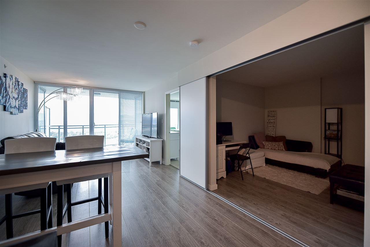 Condo Apartment at 2502 13303 103A AVENUE, Unit 2502, North Surrey, British Columbia. Image 8