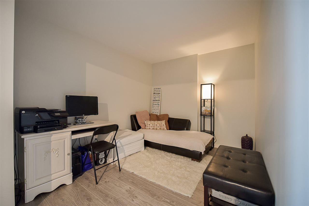 Condo Apartment at 2502 13303 103A AVENUE, Unit 2502, North Surrey, British Columbia. Image 13